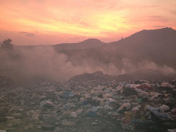 Sihanoukville-Rubbish-Dump-Feature
