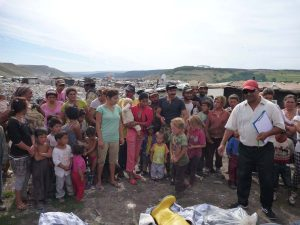 Mihai, the leader of the Dallas community helped us hand out the boots to the families on the dump. He knew all the families so ensured that the distribution was fair and everyone got boots, socks and gloves.