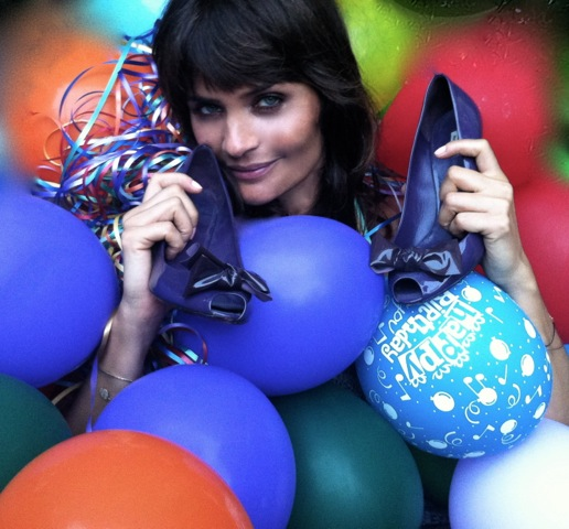 In 2013 Helena donate a purple pair of Miu Miu Peep-toe shoes.